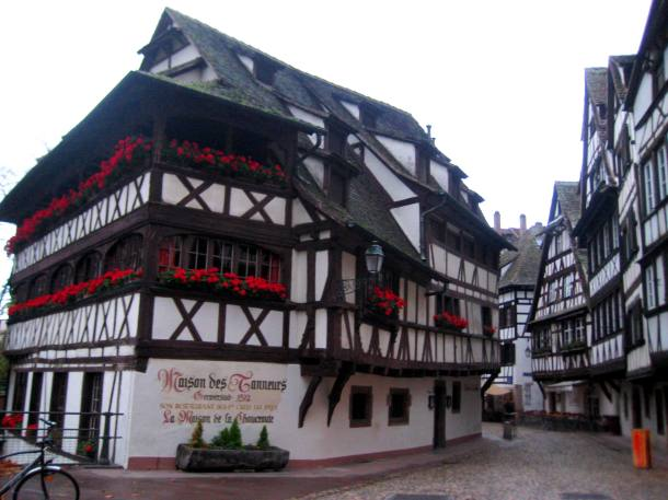Restaurants and shops in Strasbourg